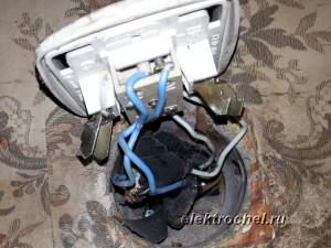 Замена выключателя на ванную комнату и туалет